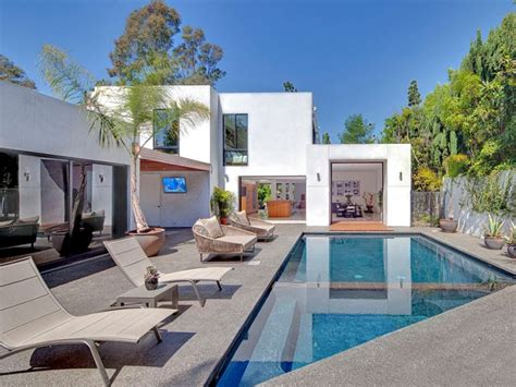 houses to buy in beverly hills perfectly elegant in beverly hills homedsgn