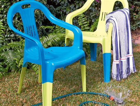 spray paint plastic chairs do it yourself how to spray paint plastic chairs