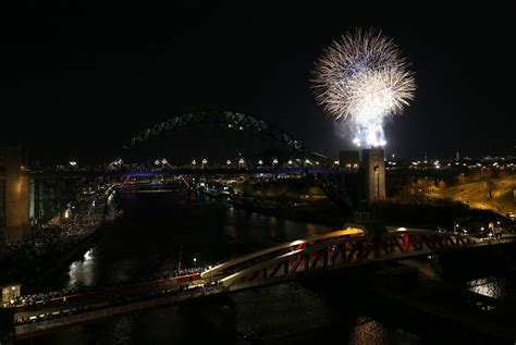 newcastle chronicle new year happy new year 10 stunning quayside fireworks photos to