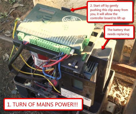 howto change a centurion d5 gate motor battery out of