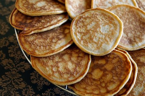 pancakes recette facile de pancakes sucr 233 s bien moelleux