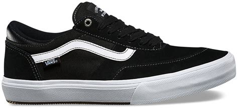 Sepatu Casual Vans Gilbert Crockett Black Black on sale vans gilbert crockett pro 2 skate shoes up to 40
