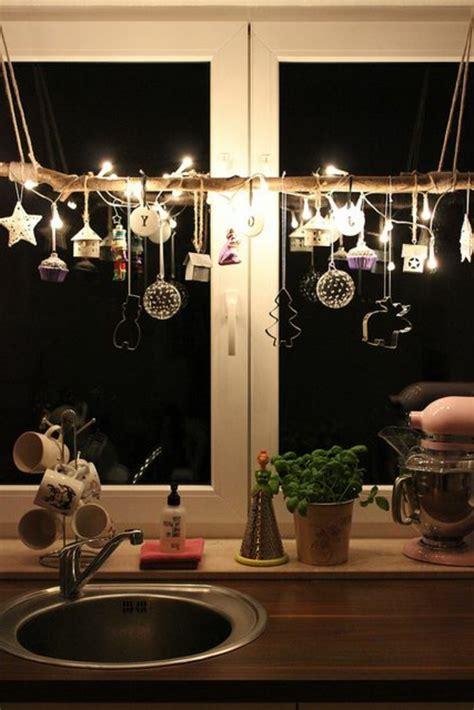 weihnachten dekorieren ideen für office fensterdeko weihnachten modern speyeder net