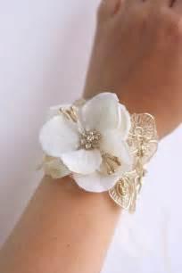 corsage bracelet bridal flower wrist corsage wedding floral bracelet by belleblooms 32 00