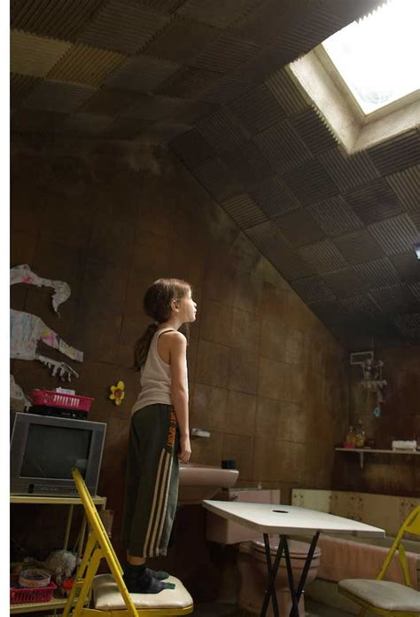 Room Review Brie Larson The Ex Press Doom And Room