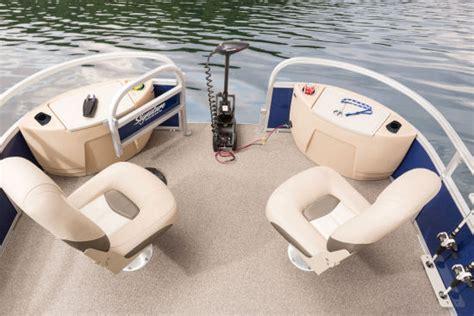 pontoon boat seats sun tracker sun tracker fishin barge 24 xp3 2016 2016 reviews