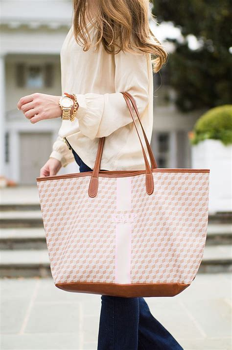 ideas  monogram tote  pinterest monogram