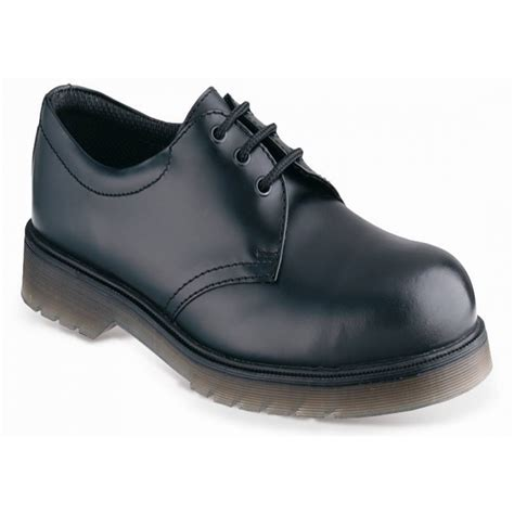black steel toe cap shoe from pauls discount clothing uk