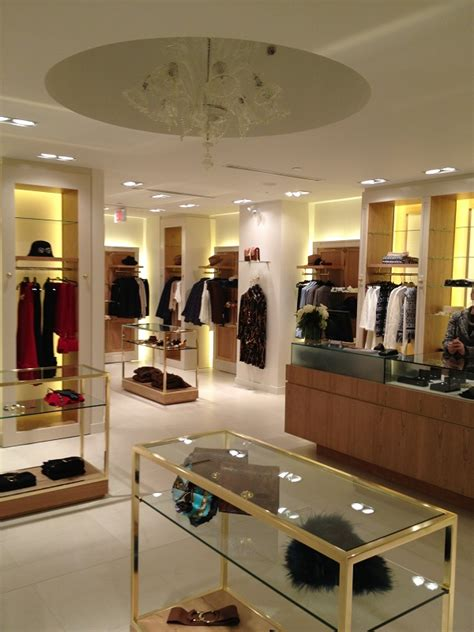 Interior Stores by Bermudian Opens Clothing Boutique In Toronto Bernews