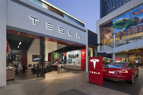 Tesla Dealership California Va Auto Dealers Sue Tesla Dmv Hearing To Hide