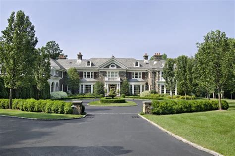 clinton home chappaqua chappaqua neighbors include the clintons cuomos