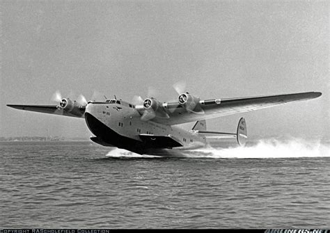flying boat airplane boeing 314 aircraft picture seaplanes flying boats