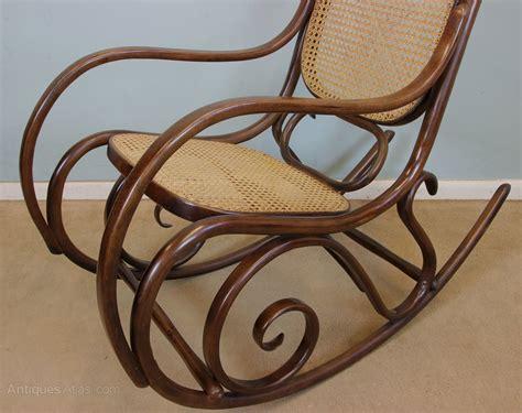 vintage bentwood rocking chair 10791 la77922 antiques atlas bentwood rocking chair