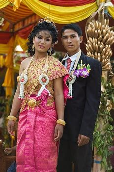 Did Adnan Get Married In Mexico by 1000 Images About Traditional Clothes And Culture On