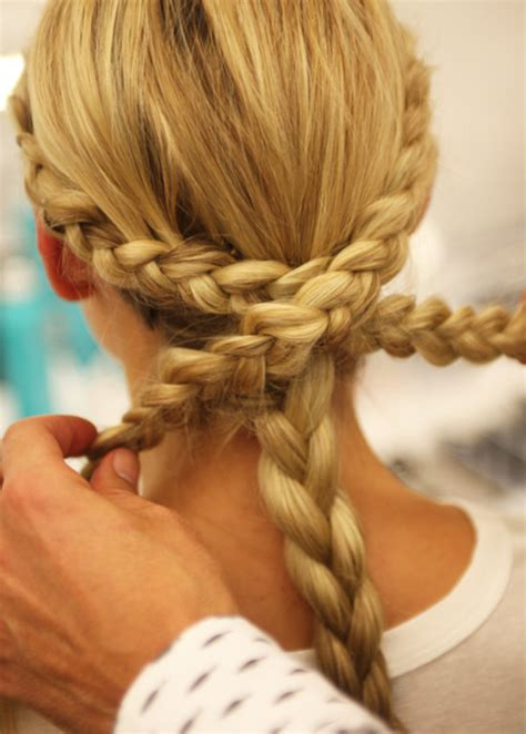 easy braids to do on yourself monique lhuillier bridal fall 2014 braided hairstyles
