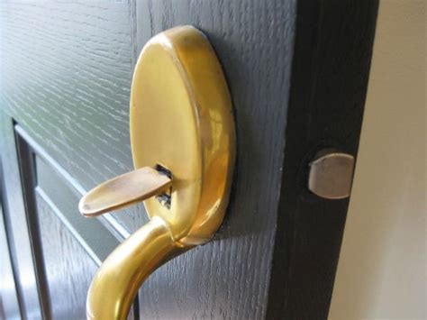 How To Remove Front Door Handle by Unable To Remove Front Door Handle Doityourself