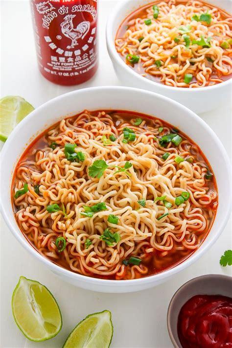 Noodle Bowl Clock 20 minute spicy sriracha ramen noodle soup recipe