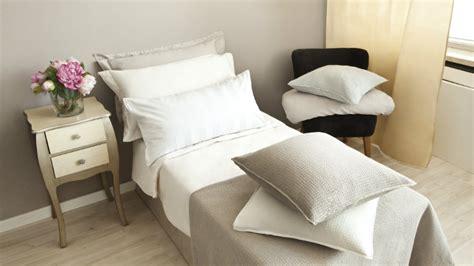 comodini giapponesi dalani struttura per letto singolo comfort e stile