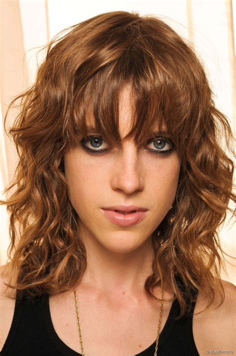 going out hairstyles for wavy hair do the twist night out hairstyles for curly hair