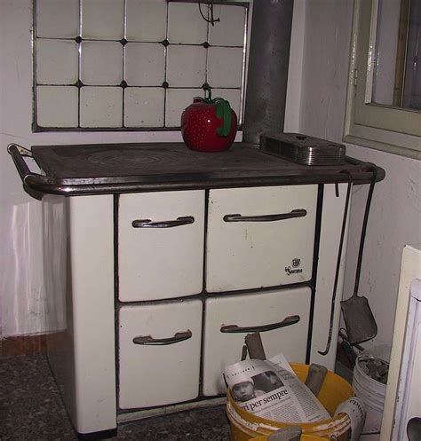 cucine a gas economiche cucina economica passato curiosit 224 e bellissime foto