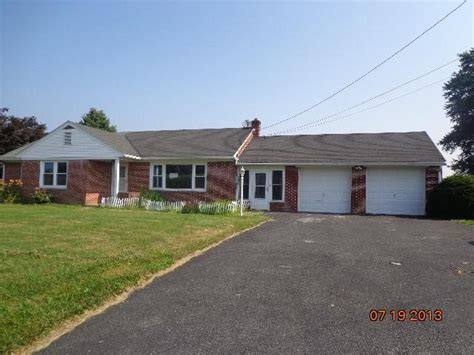 421 lancaster pa 17603 foreclosed home