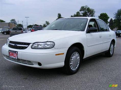 white chevy malibu 2001 bright white chevrolet malibu sedan 13366740