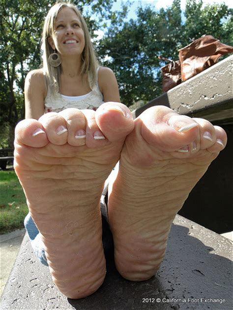 How Big Is 480 Square Feet fc very wrinkled soles flickr photo sharing