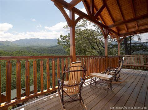 gatlinburg cabin amazing views 2 bedroom sleeps 10