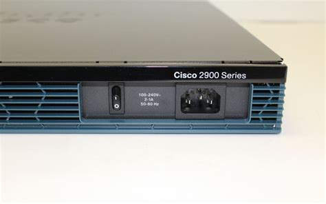 Router Cisco 2901 cisco 2901 terminal server router routers switches networking