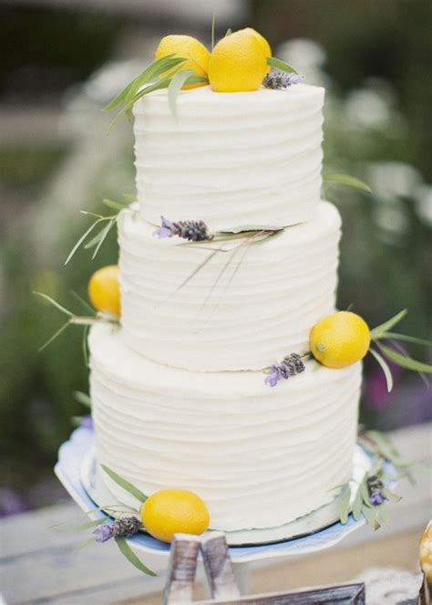 Wedding Cake Companies Near Me by 2014 Wedding Cake Trends 3 Buttercream Bridal