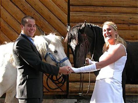 trinkgeld kreditkarte steuer heiraten auf dem pferd mit ausritten in kanada auf einer