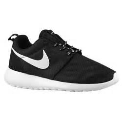Baker Sofas Nike Roshe Run Women S Running Shoes Black White Volt