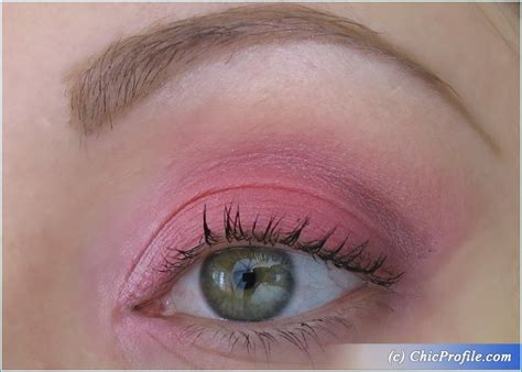 Eyeshadow H M h m smoky pink eyeshadow palette review swatches photos