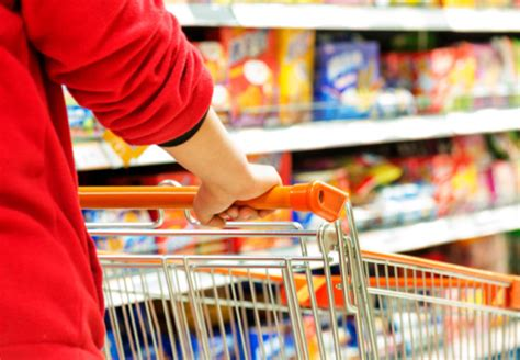 expert tips  grocery shopping   budget health