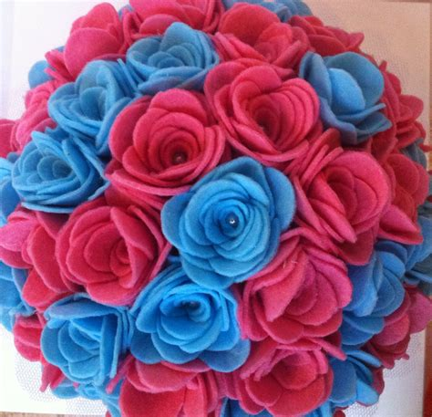 imagenes de rosas verdes y azules ramo de fieltro rosas azules y rosas bodas y princesas