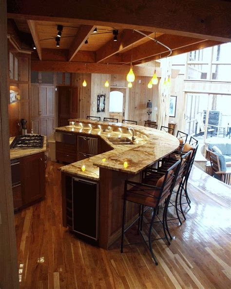 kitchen island with bar seating 25 best ideas about curved kitchen island on
