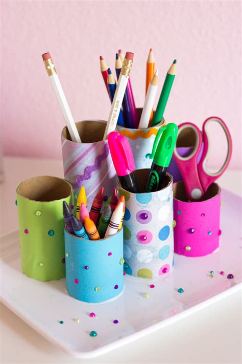 How To Make A Pencil Holder With Paper - craft roll diy desk organizer