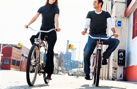 amanti in ufficio posti per gli amanti delle biciclette a