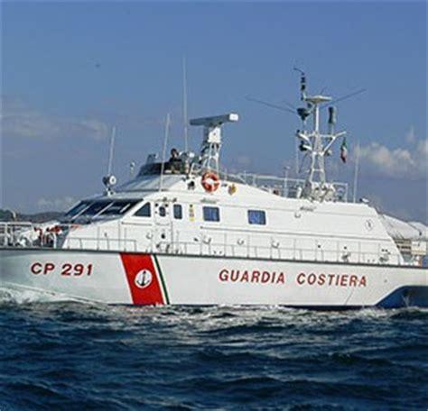 guardia costiera porto torres da porto torres a ledusa motovedetta sarda salver 224