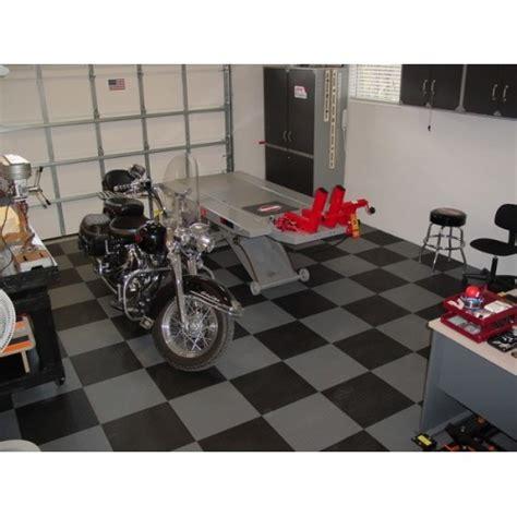 dalles pvc pour couvrir le sol du garage