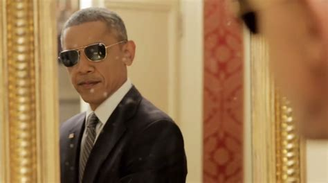 what of does obama this is what president obama does when no one is looking bdcwire