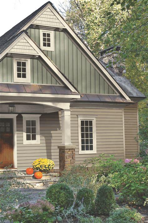 vinyl siding colors on pinterest vinyl shake siding vinyl shake gable with vertical siding home sweet home