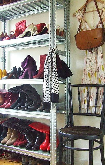 great ways  store  shoes