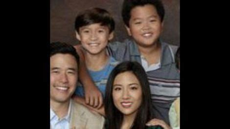 ken jeong fresh off the boat episode ken jeong guest stars on a fresh off the boat finale that