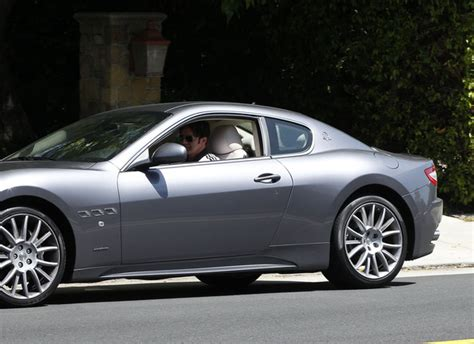 maserati celebrity robert rey gets pulled over in his maserati all car view