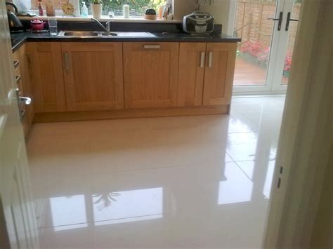 kitchen flooring options pros and cons best kitchen flooring material options the pros and cons