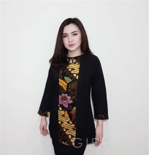 Baju Muslim Wanita Kombinasi Batik 100 Gambar Model Baju Batik Dinas Wanita Modern Dengan 60