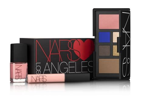 Enter To Win A Limited Edition Nars Gift Set From Haute Gossip Thisnext by Nars Los Angeles Gift Set For Fall 2013 Musings Of