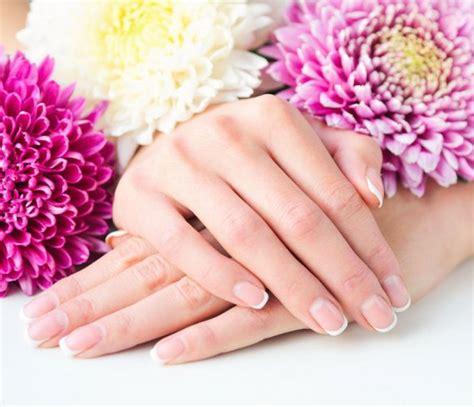 manicure a casa manicure perfetta come farla in casa donnad