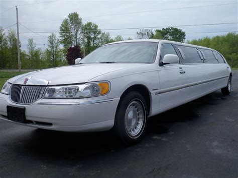 Luxury Limo Service by Benedict S Luxury Limo Service Home